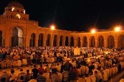 Tarawih bulan ramadhan
