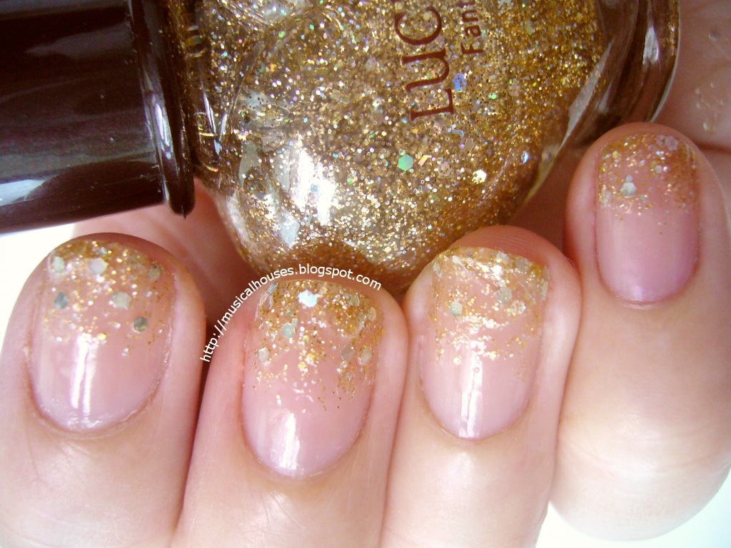 I Used Etude House Lucidarling Fantastic Nails In 04 Sequin Crystal Gold For The Glitter Gradient But To Add A Little More Pizzaz Also Added Bit