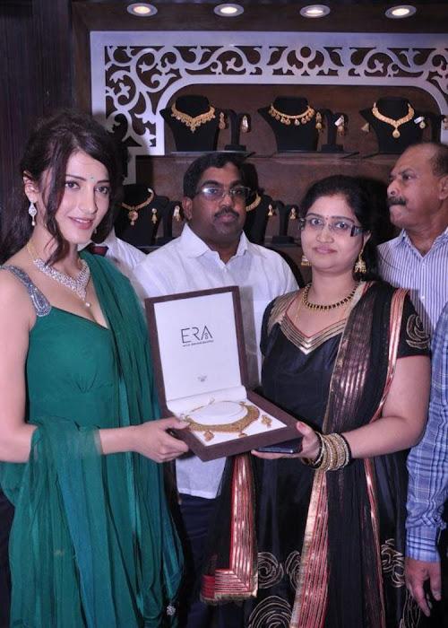 shruti haasan in sleeveless salwar spicy at malabar gold diamonds room launch unseen pics