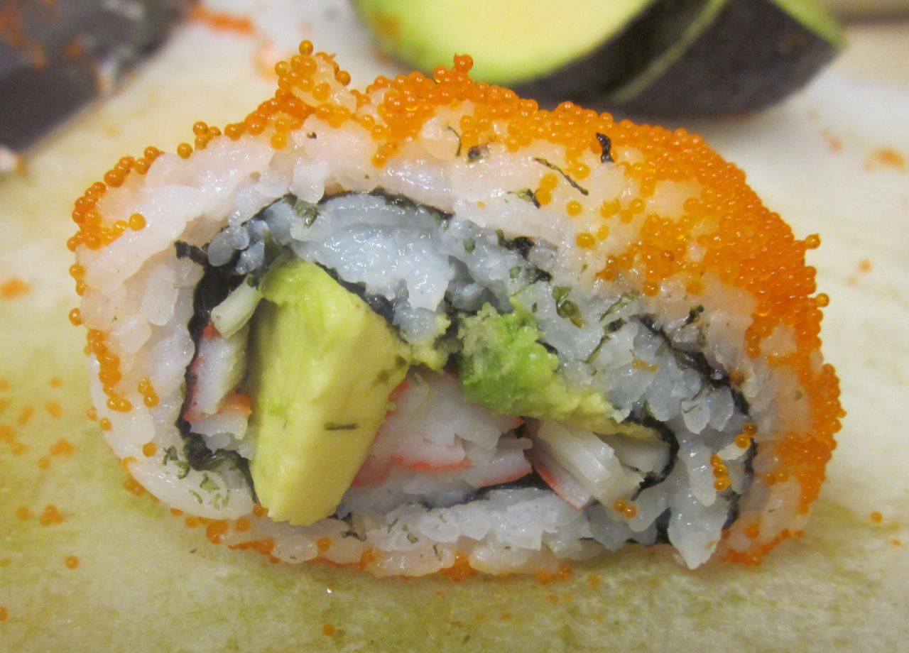... Vorax -- Experiments in cooking: Make Sushi Party -- California Rolls