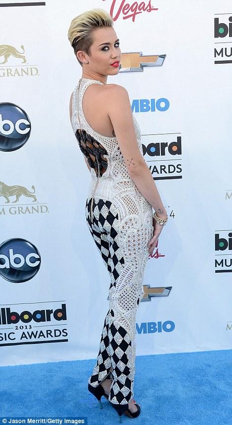 Billboard Music Awards 2013 Red Carpet