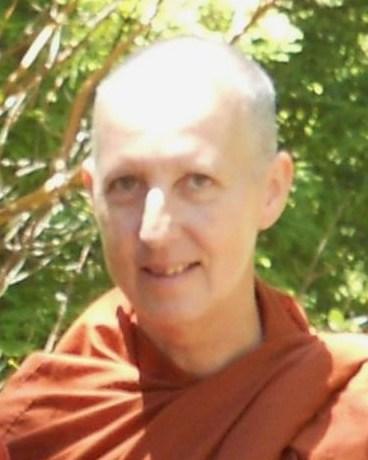Ven Santacari Bhikkhuni