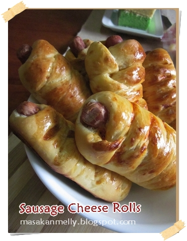 Sausage Cheese Rolls Makes 12 rolls
