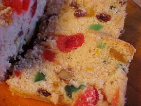 Minis gâteaux aux fruits et au rhum