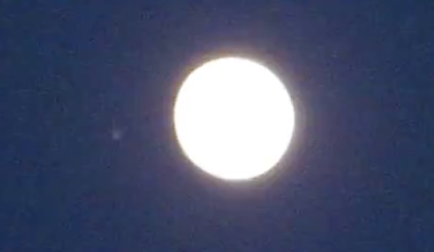 UFO Caught Flying Near The Moon Italy 2015, UFO Sightings
