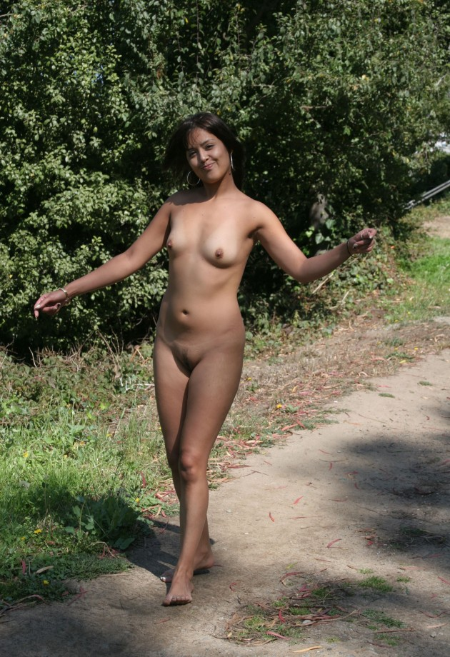 actress fake nude stills xossip.com