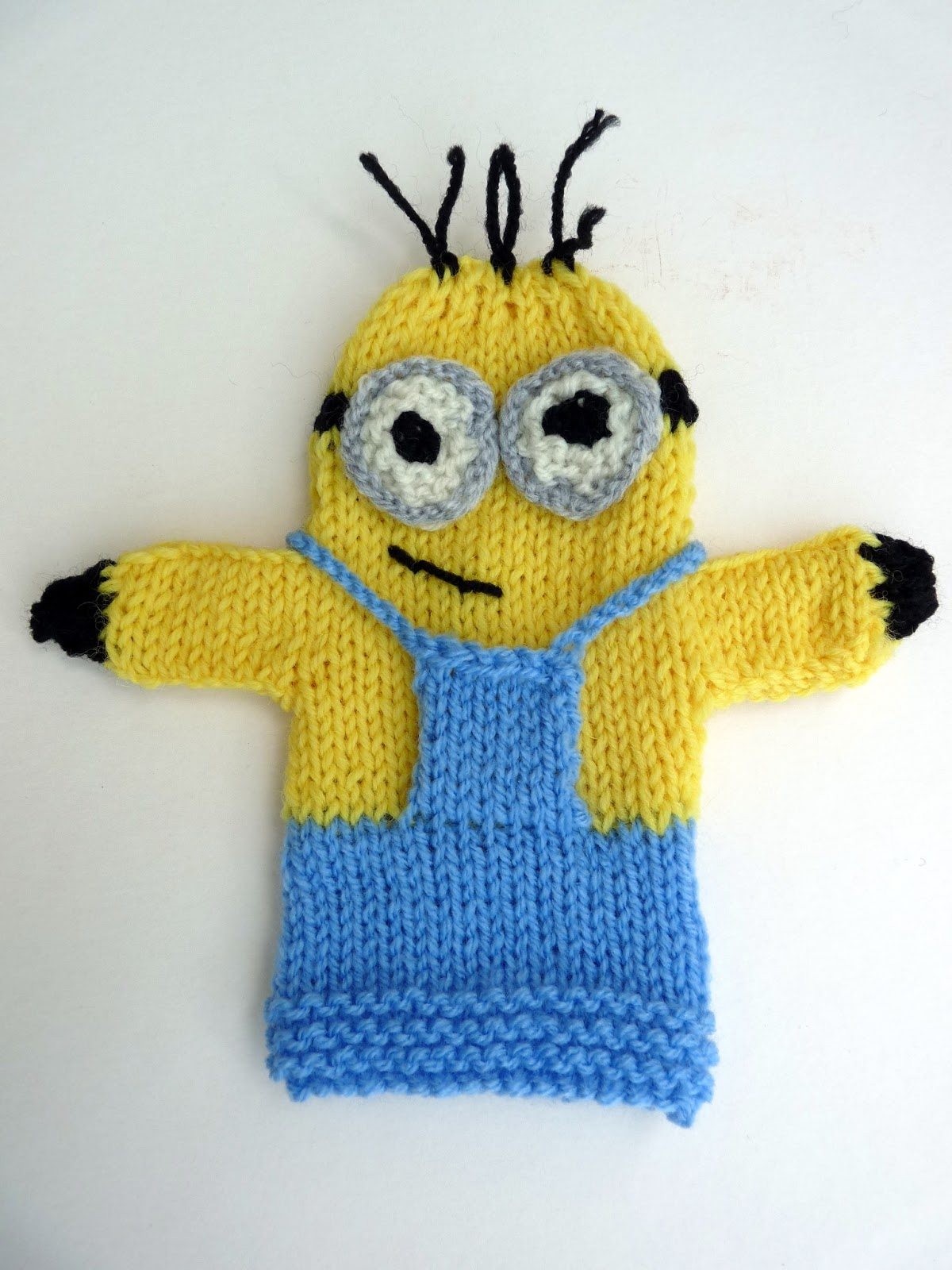 Musings of the Puppet Lady: Minion Puppet Knitting Pattern