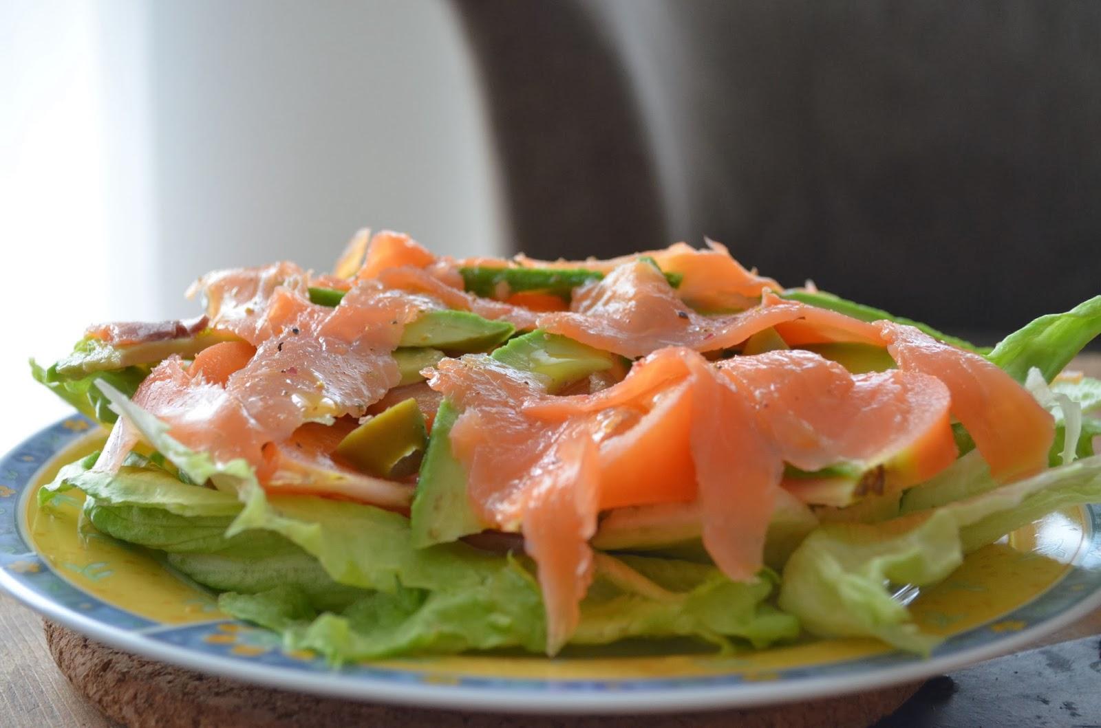 Avokado salotos su lasisa