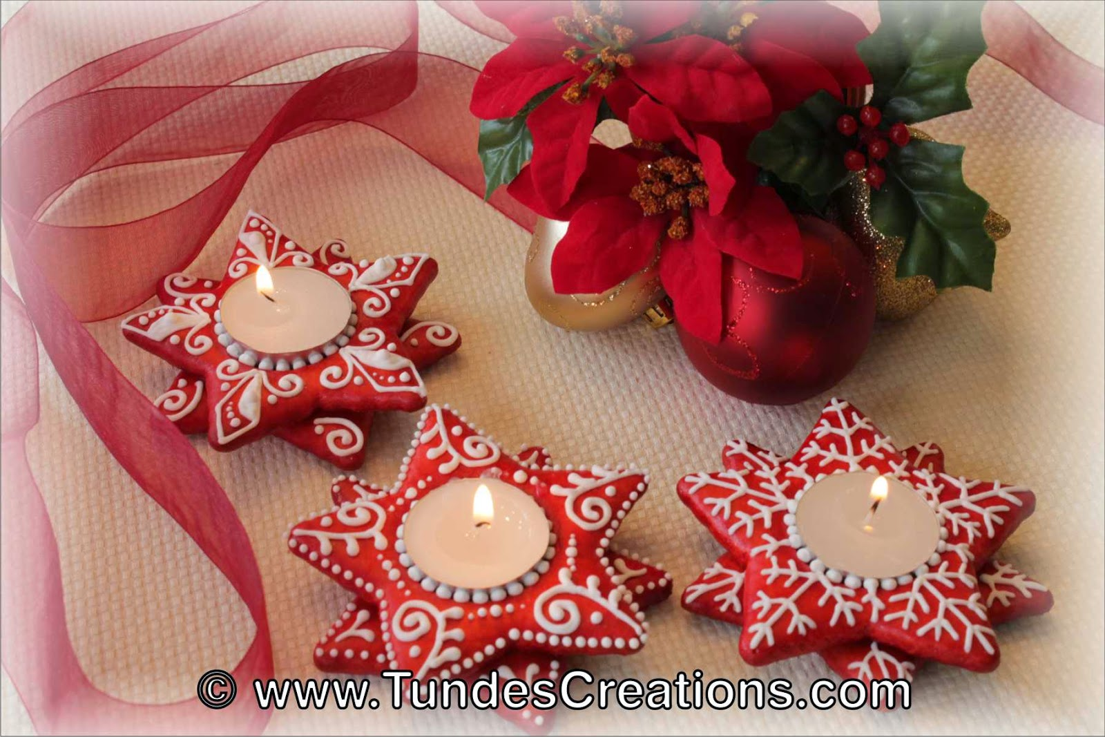 Red Gingerbread Christmas candle holder