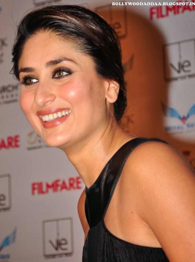 Kareena Kapoor smiling HD pics