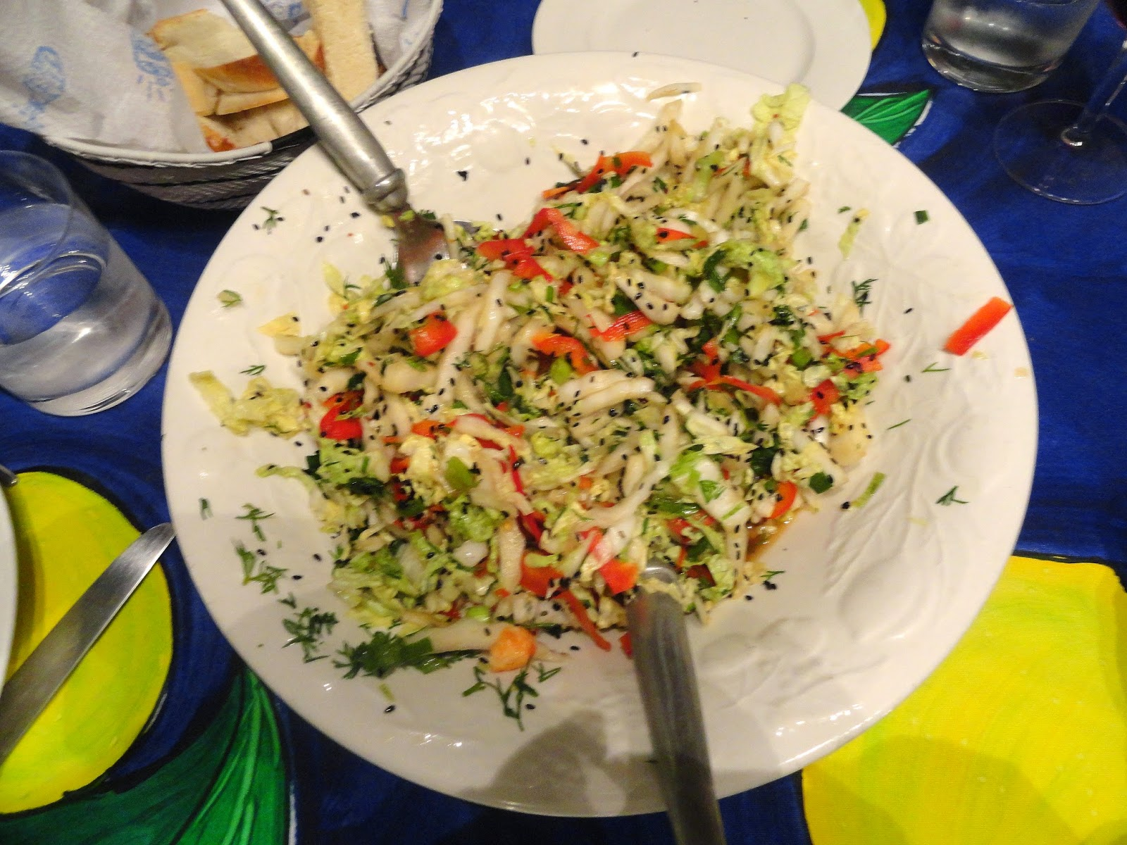 cabbage salad with delicious Asian flavours
