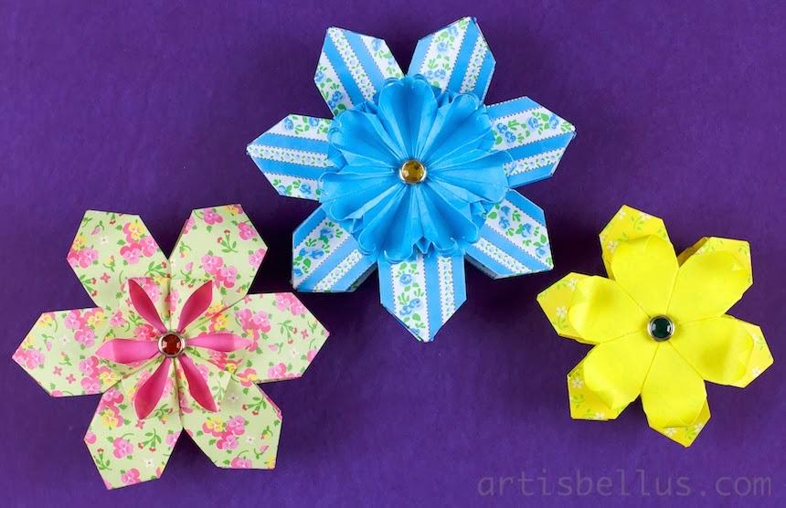 Valentine's Day Origami: Modular Flowers