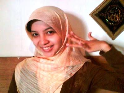 Foto Foto Anak Berjilbab Cantik DI CROT | Original Photos XxX