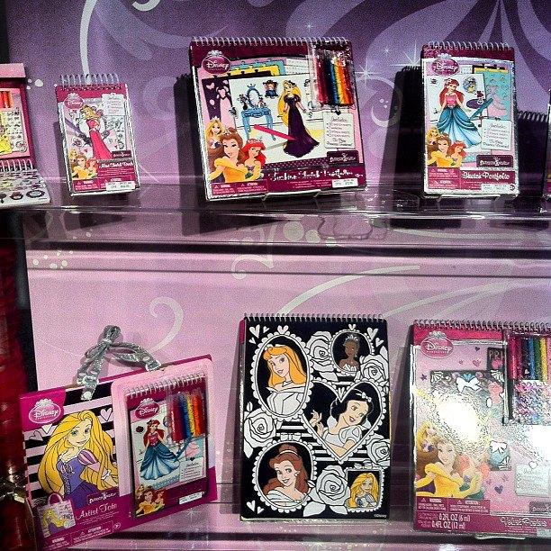 toy fair 2013 fashion angels adds tapeffiti disney princess and disney craft and activity kits