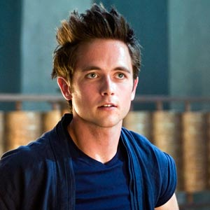 Justin Chatwin HairStyle (Men HairStyles) - Men Hair ...