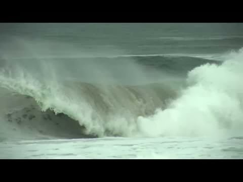 Worst Wipe Out Day 1 Adam Melling - 2010 Quiksilver Pro France