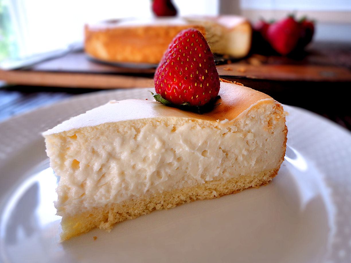 La Petite Brioche: Junior's Cheesecake