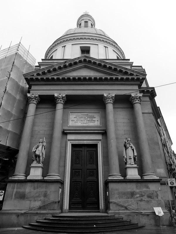 Turin Italie Via Garibaldi balade basilique mauriziana