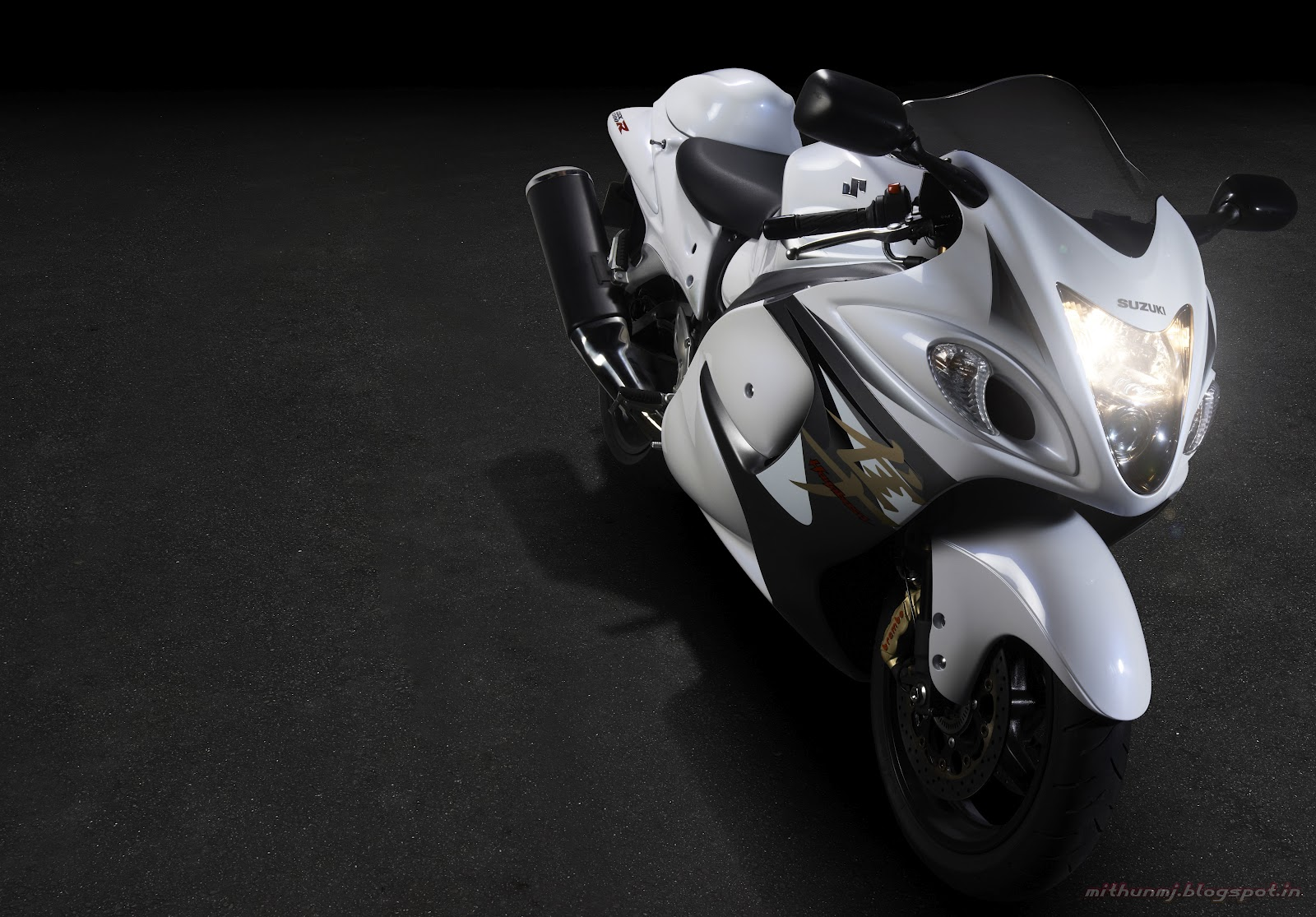What the heck it s supposed to be over the top so loosen up a bit suzuki and give the hayabusa a fresh lease of life