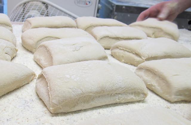 Comment fabrique-t-ton une baguette de pain : la recette de la Flûte Gana