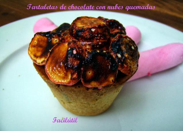 tartaletas-de-chocolate-con-nubes-quemadas