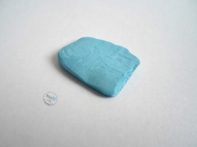 czym przenieść wykrój na materiał, jak odrysować na materiale, kreda, do rysowania na materiale, mydełko krawieckie, pisak znikający