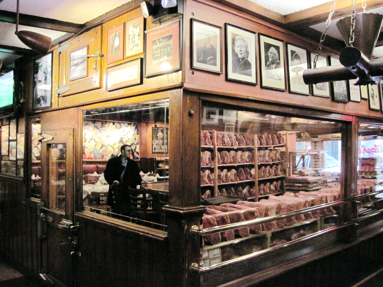 Old New York Gallagher S Steak House Will Get Its Third Life