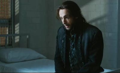 Ichabod Crane mental hospital Tom Mison screencaps bed white sheets
