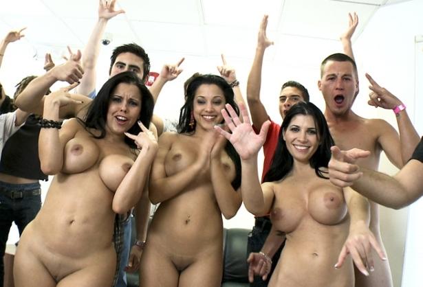 Asi Se Hace Un Casting De Actores Porno En La Factoria Bangbros Rebeca