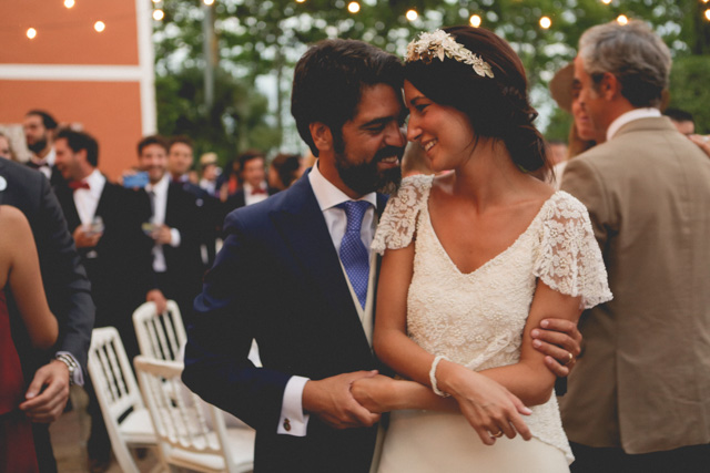 boda barcelona masia rosas vestido novia veronica miranda