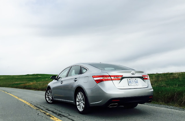 2015 Toyota Avalon Limited rear