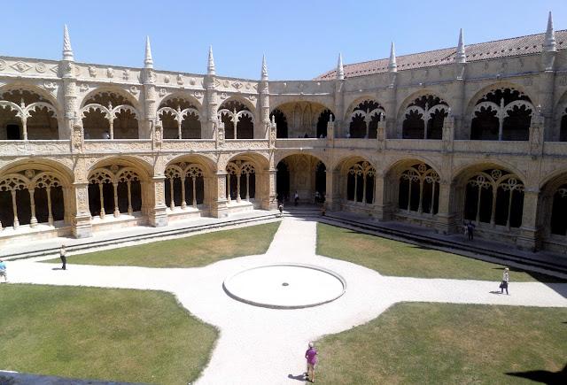 monasterio dos jeronimos columnas