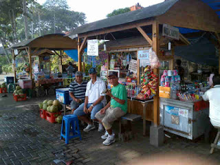 drink coffee in Bali, black coffee, coffee shop, cafe, coffee business