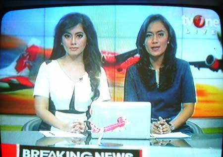News Anchor TV One.  Gambar dari Internet