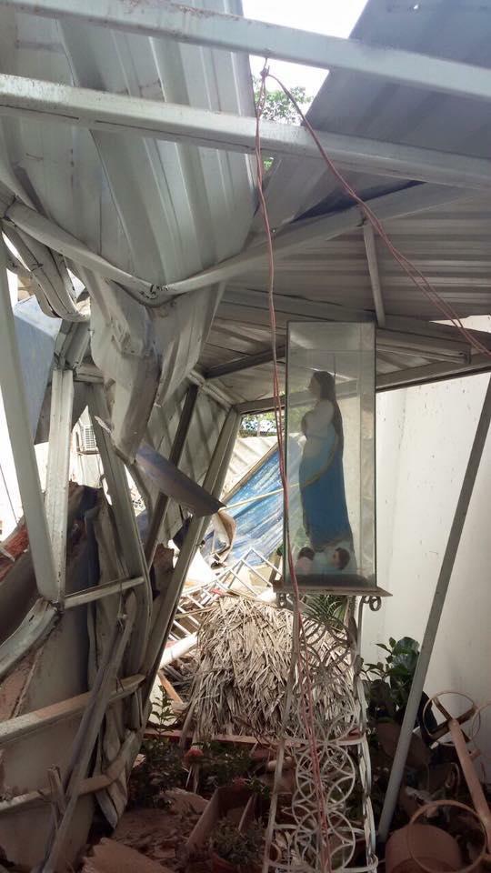 Imagem intacta durante terremoto no Equador!