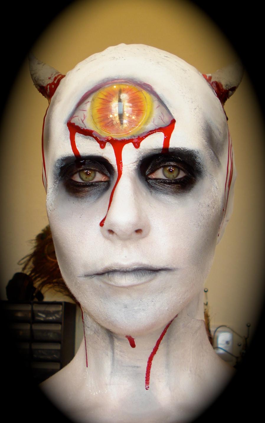 maquillaje de halloween demonio cclope - Maquillaje Demonio