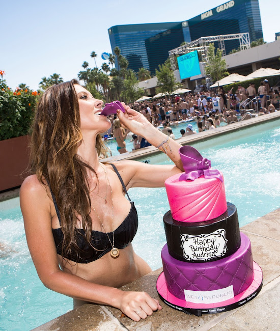 Audrina Patridge with her birthday cake at Wet Republic