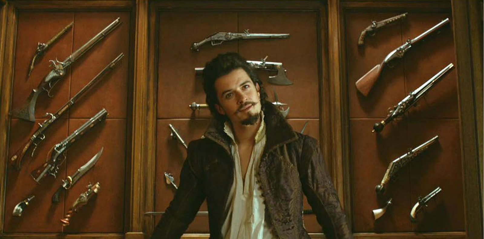 http://3.bp.blogspot.com/-b-2D83pZhLU/TnSssQaP6xI/AAAAAAAACME/Z2i1ANTsY1Y/s1600/the-three-musketeers-2011-Orlando-Bloom-10.jpg
