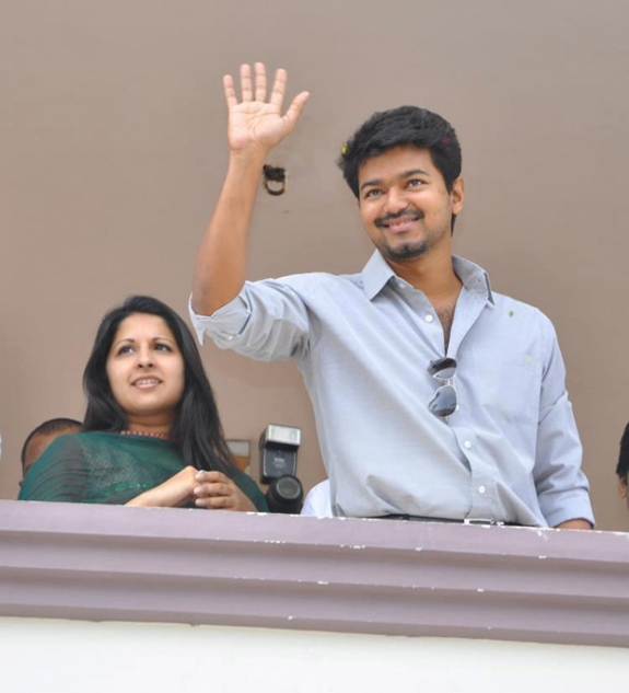 Vijay's Latest Politics News