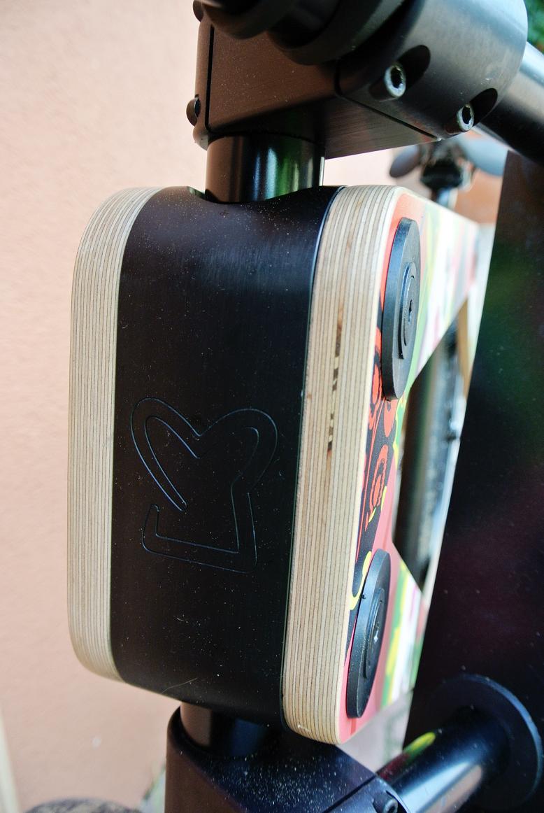 drewno i stal to sandwichbike,test roweru drewnianego,sandwichbike w szczecinie,kobieta na sandwichbike