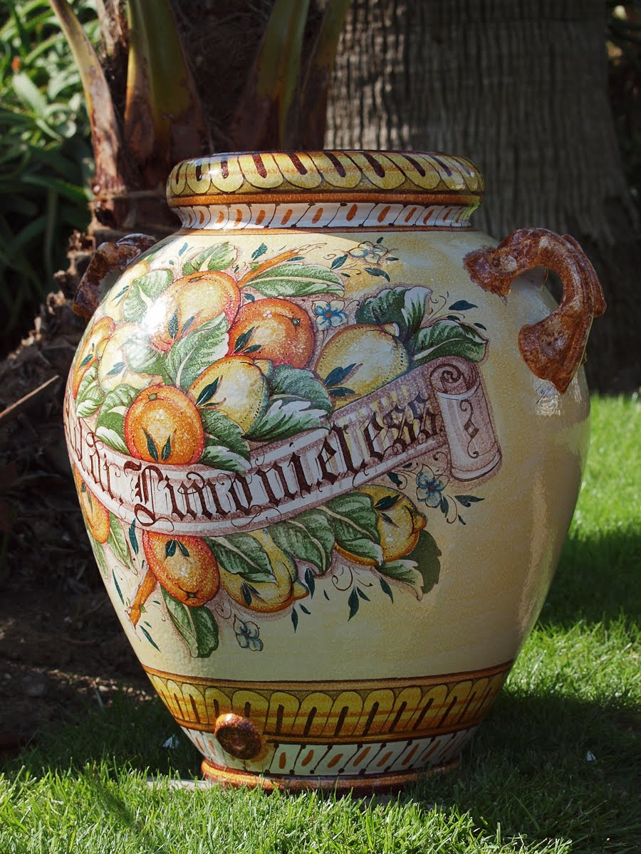 Lovely Garden Dreams   Italian Pots