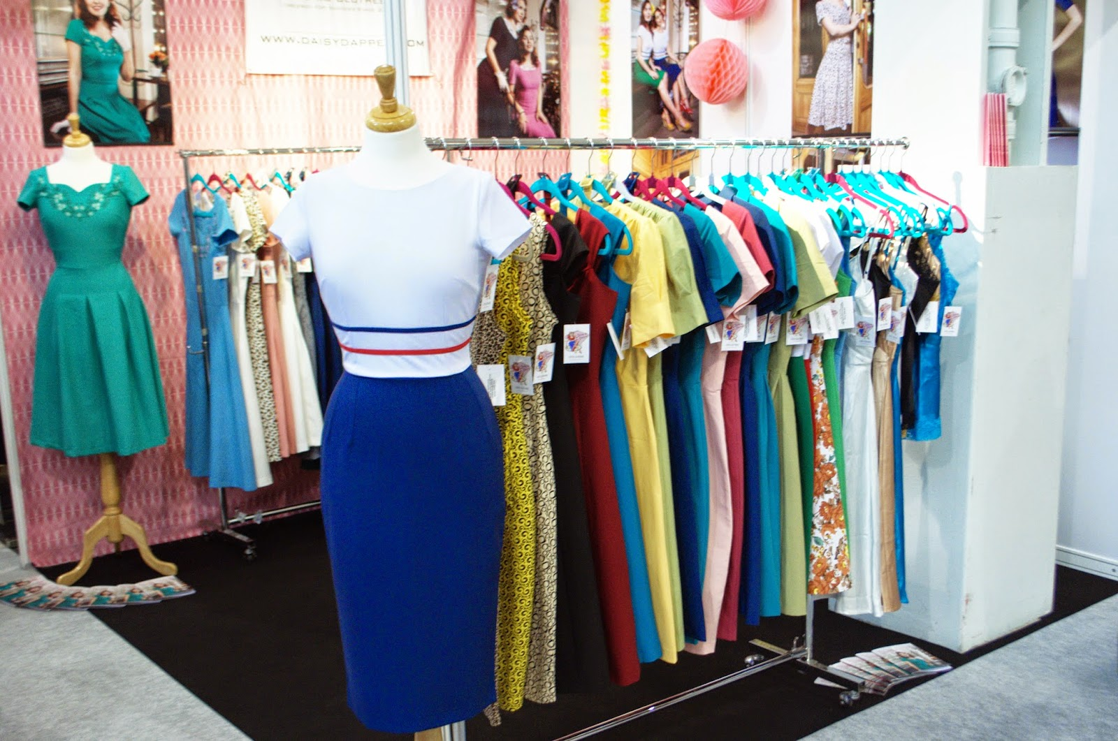 London Edge Vintage Dresses