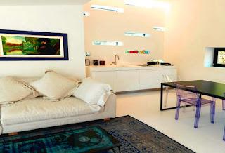 abbinamento divano tappeto