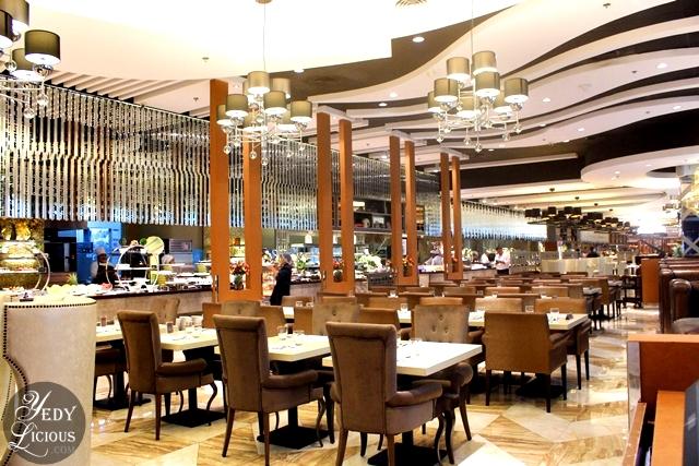 Luxurious Interior Design of NIU Buffet