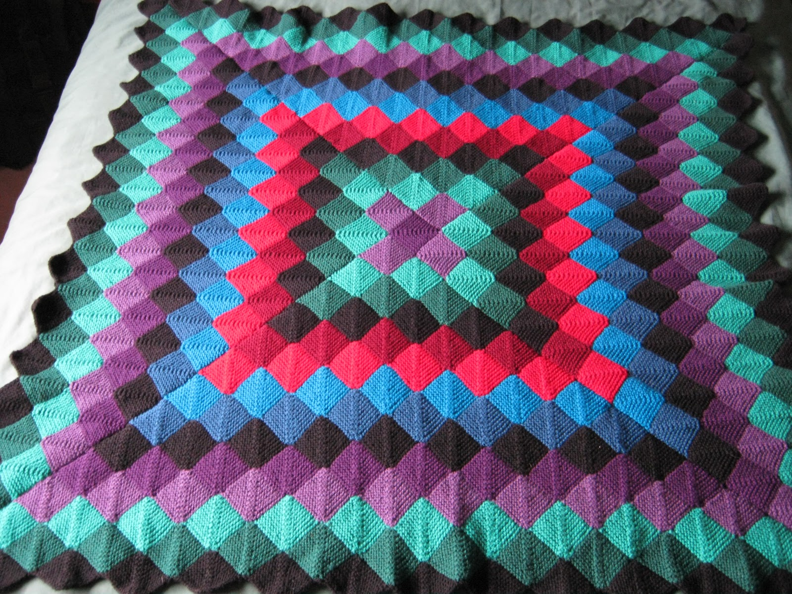Sixties Spirit: More mitred square knitting - two throws