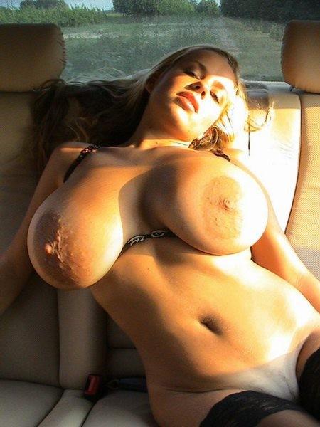 Wahnsinnig dicke Hänge Brüste