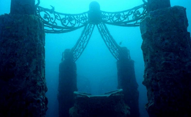2013 04 09 100918 Perkuburan Terbesar Di Dalam Laut