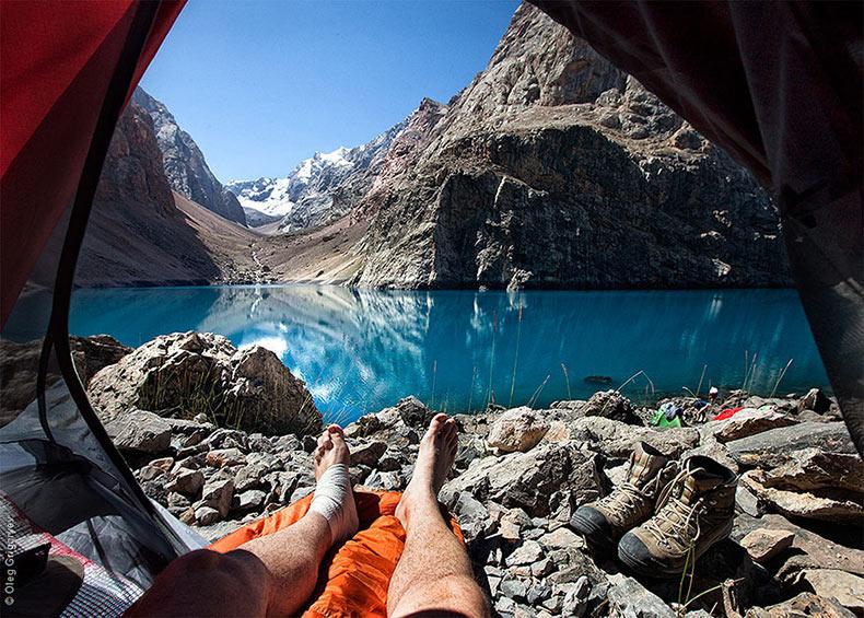 Fotógrafo ruso captura impresionantes paisajes de montaña desde su carpa