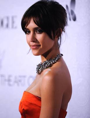 actress_jessica_alba_hot_wallpapers_in_bikini_fun_hungama-forsweetangels.blogspot.com