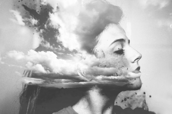 Silvia Grav fotografia surreal onírica sonhos preto e branco photoshop